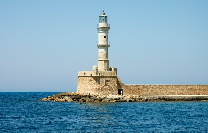 15th century lighthouse in the old harbour of the town of Chania [[Category:Chania]] [[Category:Lighthouses in Greece]] {{Location|35|31|5|N|24|0|57.9|E|scale:3000_heading:NNE}}